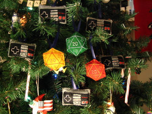 D&D Christmas Tree Ornaments D20s